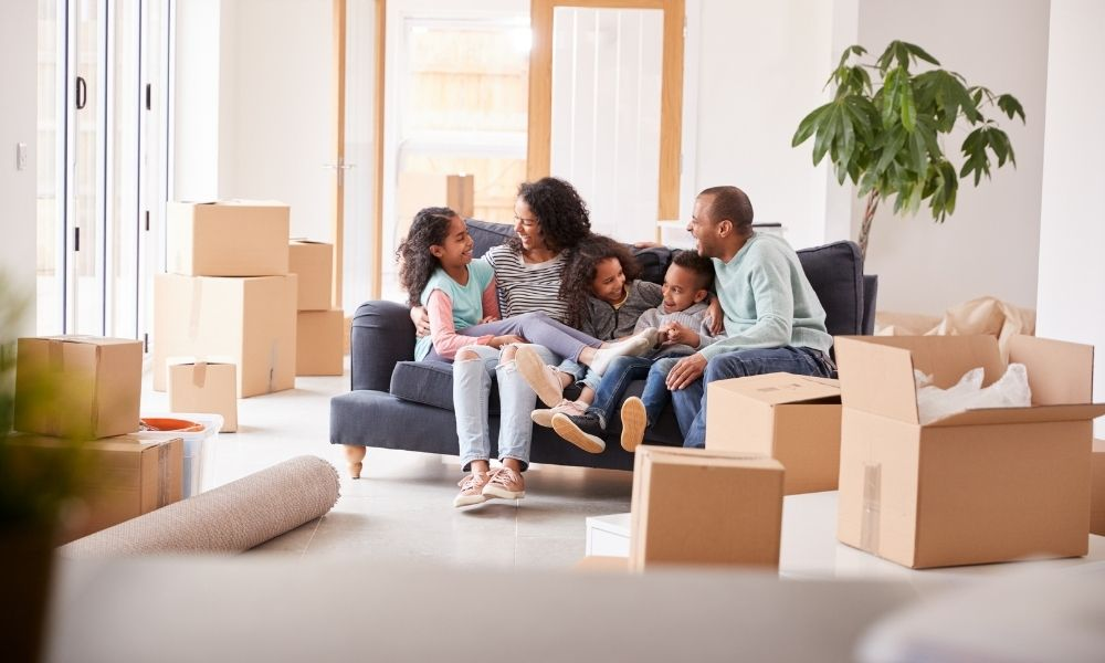 Ultimate Guide: 10 Tips for Hiring Professional Local Movers